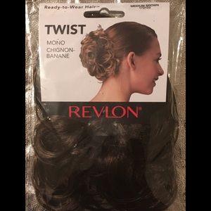 Twist bun clip on